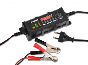 Hecht 2012 Autó akkumulátortöltő